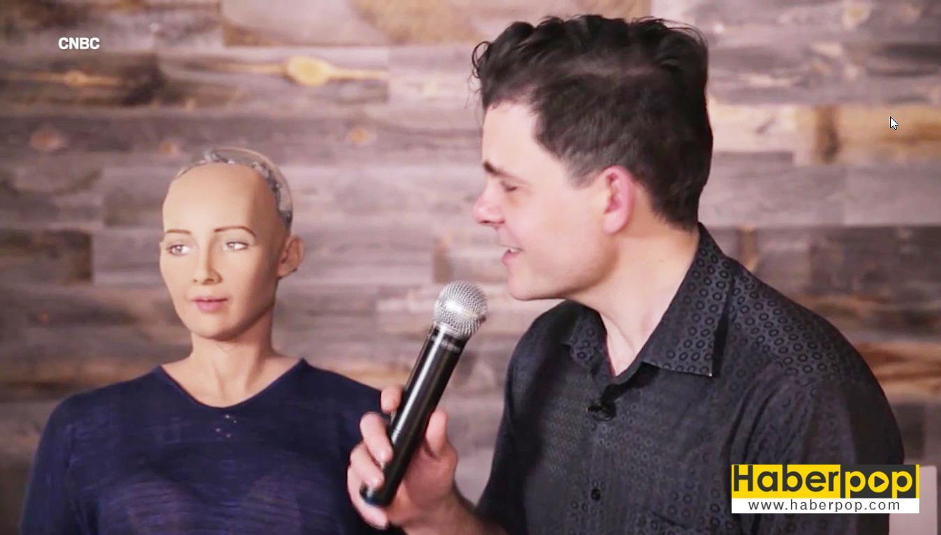 İnsanlığı-yok-edecek-akıllı-robot-üretildi-izle