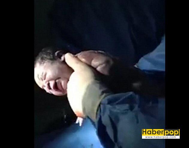 amniyon-kesesiyle-doğan-bebek-izle
