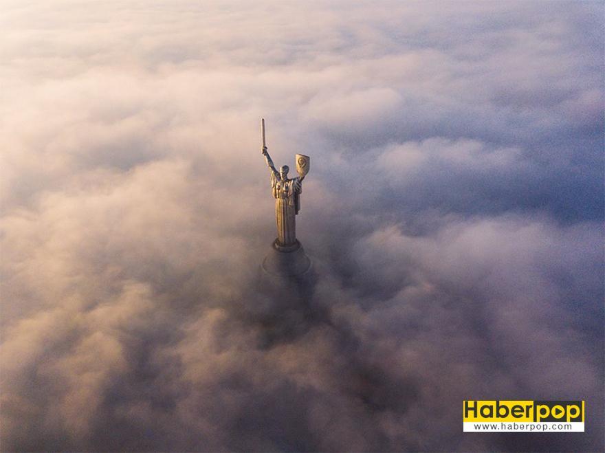 """Halkın Seçimi Ödülü, """"Kiev Anıtları"""""""