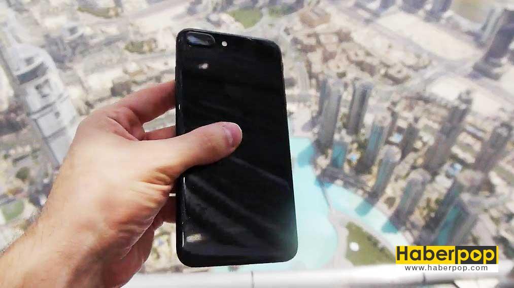 iphone-7-dunyanin-en-yuksek-binasindan-atilirsa-ne-olur-video-izle